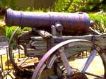 Ein Bild einer Kanone als Symbol für den Canonical Tag, einen wichtigen SEO-Faktor